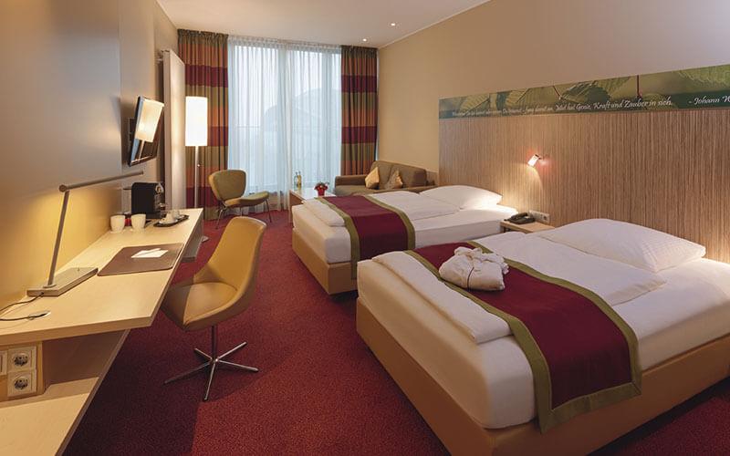 Official Race Hotel: Mövenpick Hotel Frankfurt City