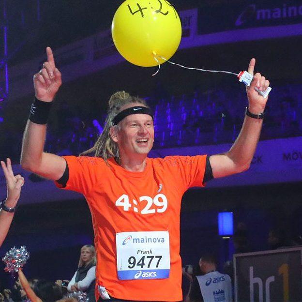 Mainova Frankfurt Marathon_Pacemaker_FrankHoffmannFacebook2_ 6842