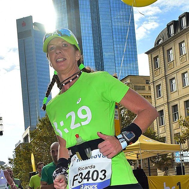 Mainova Frankfurt Marathon_Pacemaker_RicardaBethkeFacebook2_ 6828